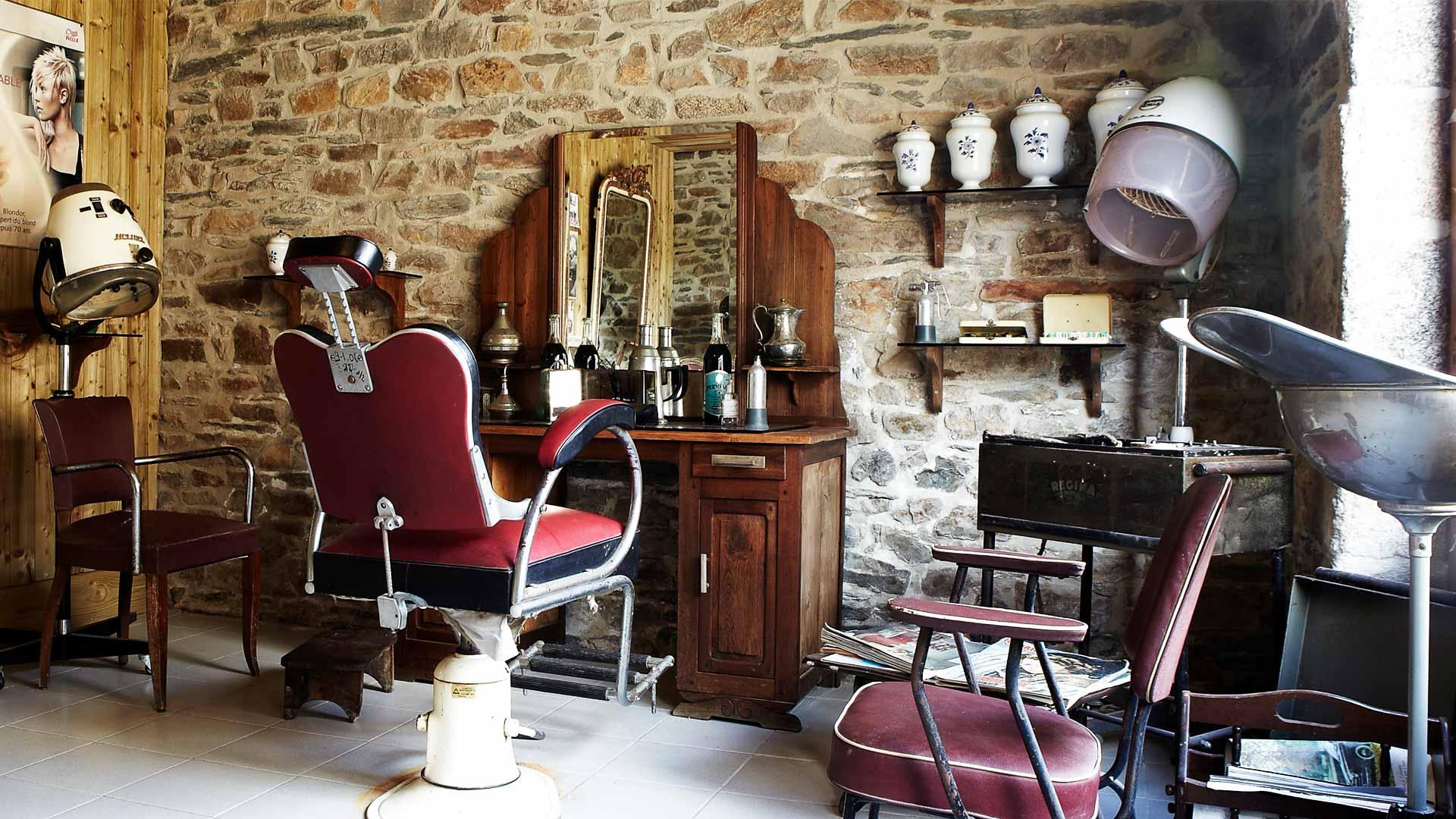 salon de coiffure ancien ecomusee de Plouigneau
