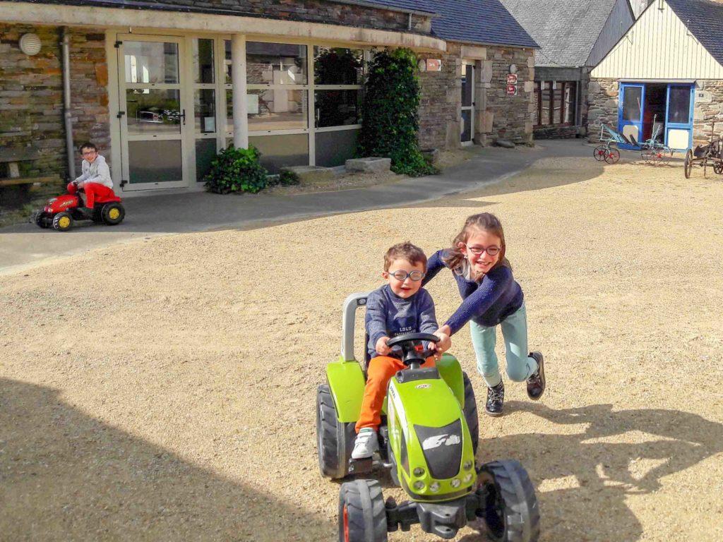 tracteurs miniatures à l'écomusée de Plouigneau